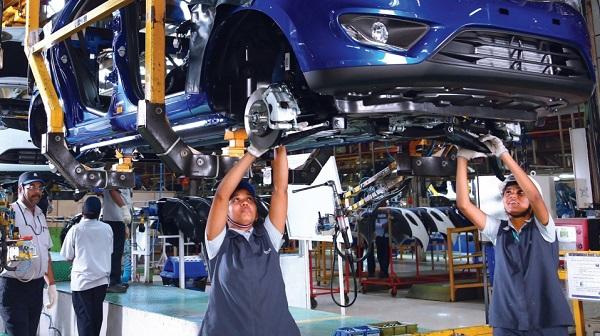 Cc_IMG_RecortesmasivosenlaindustriaautomotrizdelaIndia_3082