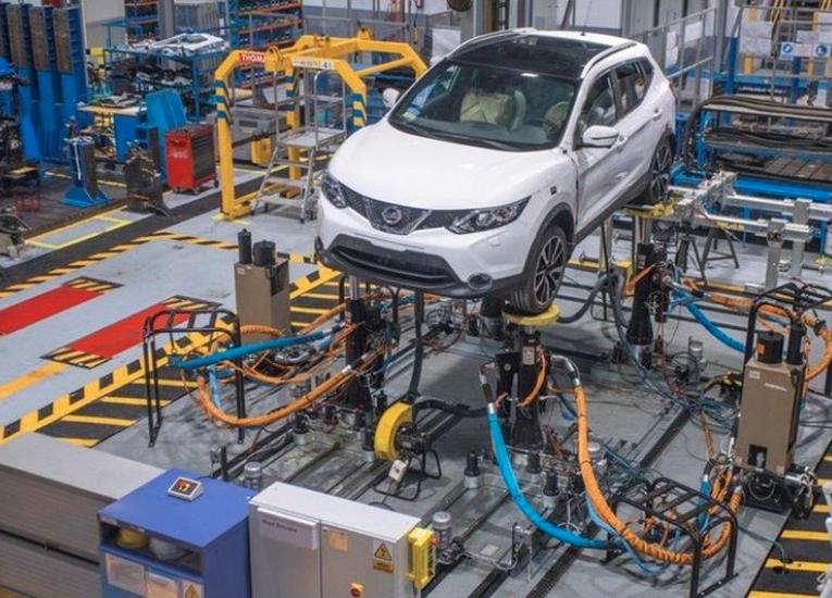 Argentina-Industria-automotriz-cae-en-un-50-y-frena-la-producción-de-vehículos